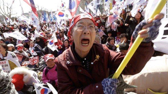 Proteste in seguito alla destituzione di Park
